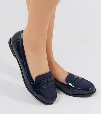 Wide Fit - Mocassins bleu marine vernis confortables