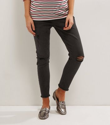 Matenity Black Washed Over Bump Ripped Knee Jeggings