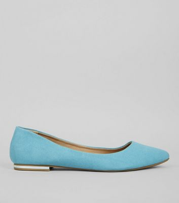 Mint Green Suedette Metal Trim Pointed Pumps