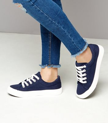 Teens Navy Lace Up Contrast Sole Plimsolls