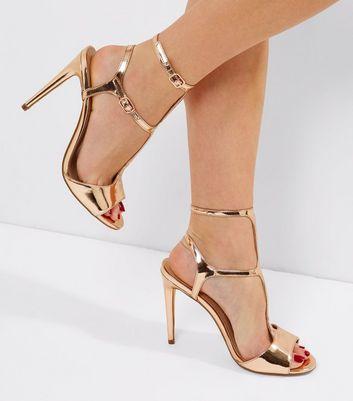 Metallic T-Bar Sandal - Gold New Look k4CYZl8
