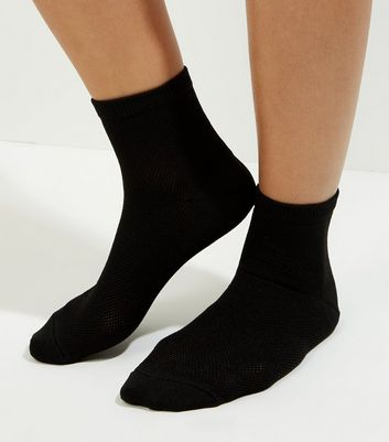 Black Mesh Ankle Socks