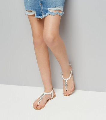 Teens White Crystal Toe Post Sandals