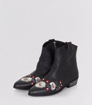 Black Leather Floral Embroidered Western Boots