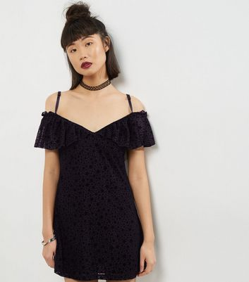 Motel Black Cold Shoulder Flocked Star Print Dress