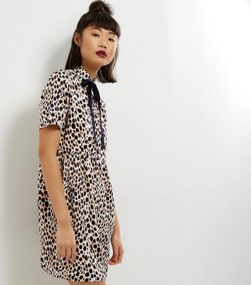 Motel Brown Leopard Print Bow Neck Dress