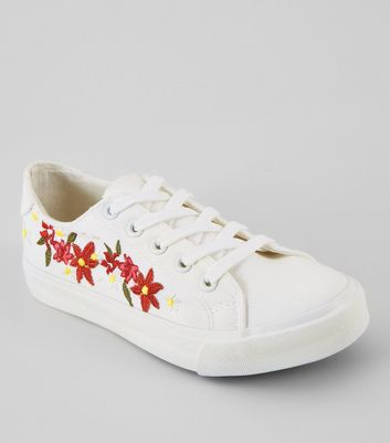 Teens White Floral Embroidered Lace Up Trainers
