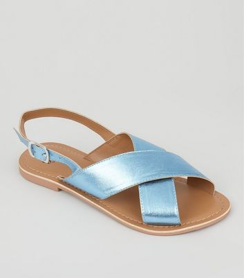 Teens Blue Metallic Leather Cross Strap Sandals