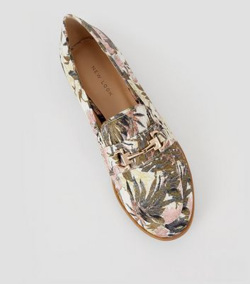 Cream Banana Leaf Jacquard Loafers