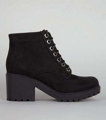 Teens Black Lace Up Chunky Boots