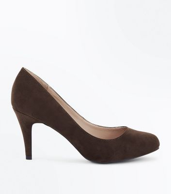 Wide Fit Khaki Suedette Court Shoes