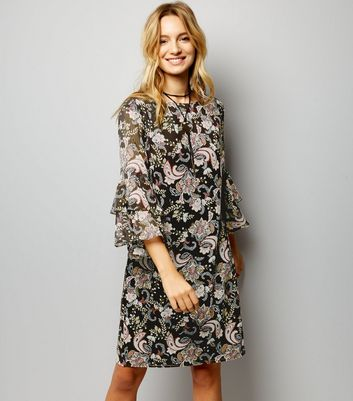Black Paisley Print Flared Sleeve Tunic Dress