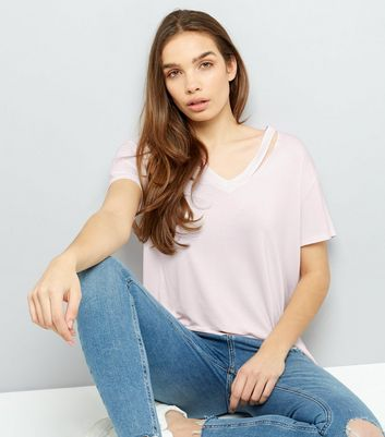 Lilac Cut Out V Neck T-Shirt
