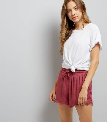 Dark Red Jacquard Texture Lace Hem Shorts