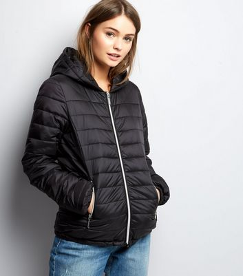 Black Lightweight Fitted Puffer Jacket