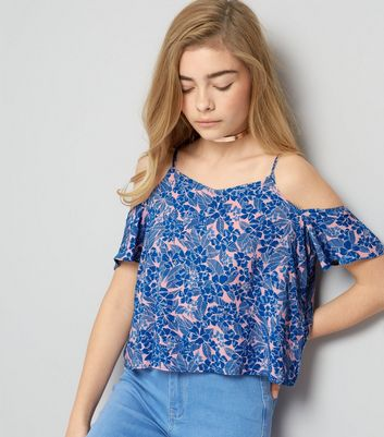 Teenager – Blaues Cold-Shoulder Top mit Tropenmuster