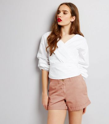 Chino-Shorts in Rosa