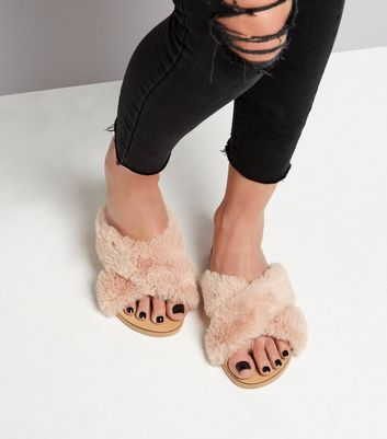 Wide Fit Pink Faux Fur Sliders