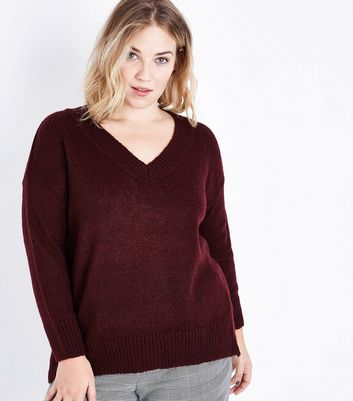 Curves Burgundy V Neck Ribbed Jumper