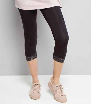Black Lace Hem Cropped Leggings