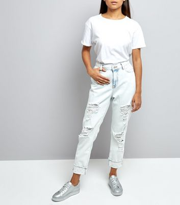 Petite Blue Bleached Pearl Trim Relaxed Skinny Jeans