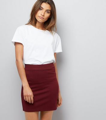 Burgundy Textured Mini Tube Skirt