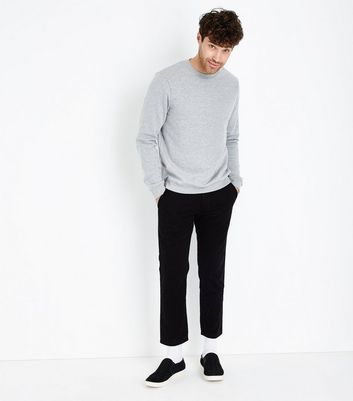 Chino coupe slim noir court