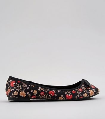 Wide Fit Black Floral Print Ballet Pumps