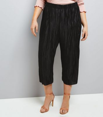 Curves Black Pleated Culottes