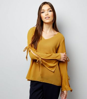Loving This Yellow Tie Sleeve Top