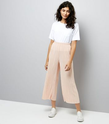 Shell Pink Pleated Culottes