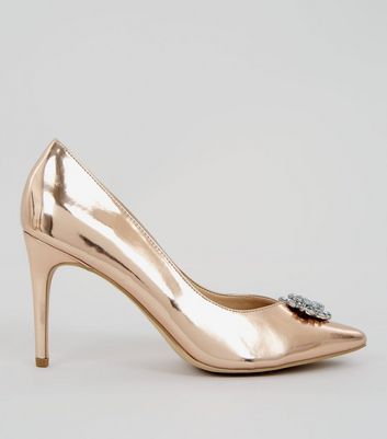 High Heels in Metallic-Optik mit Strassverzierung in Roségold