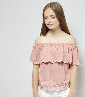Teens Coral Embroidered Scallop Hem Top