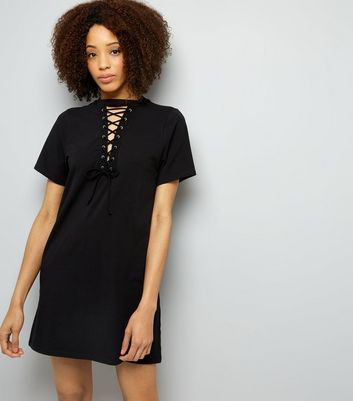 Black Choker Neck Lattice Front Tunic