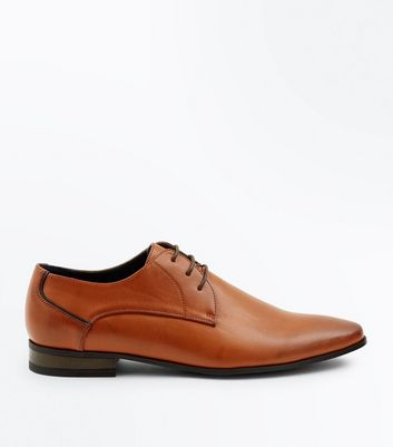 Tan Lace Up Pointed Derby Shoes
