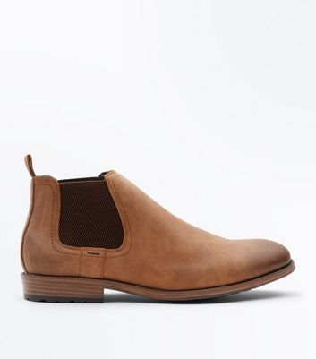 Tan Cleated Sole Chelsea Boots