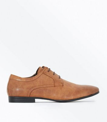 Tan Lace Up Gibson Shoes