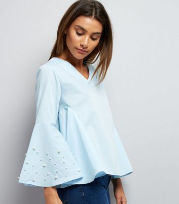 Blue Vanilla Blue Pearl Trim Flared Sleeve Top