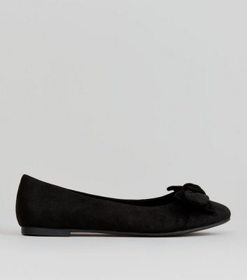 Teens Black Suedette Bow Front Pumps