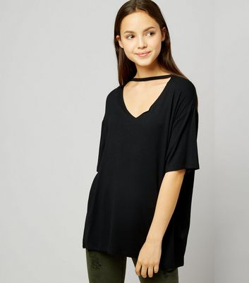 Teens Black Choker Neck Oversized T-Shirt