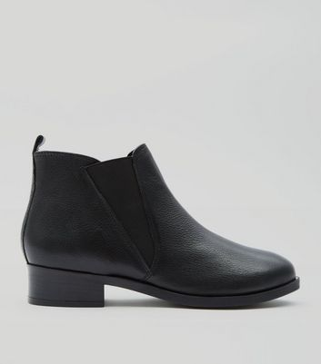 Black Leather Elasticated Side Chelsea Boot