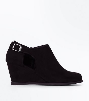 Girls Black Suedette Wedge Heel Boots