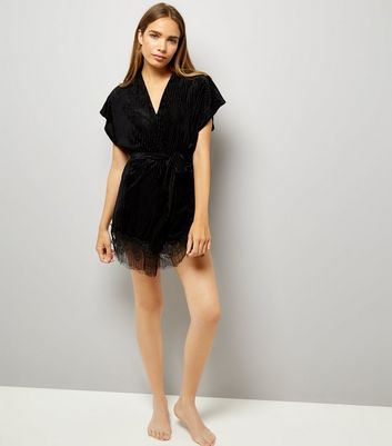 Black Velvet Ribbed Lace Trim Robe