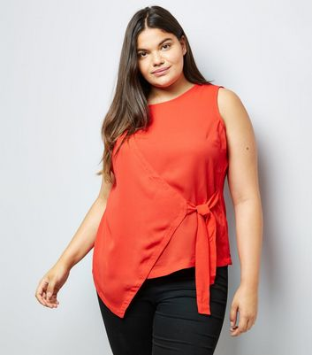 Curves Red Wrap Tie Side Top
