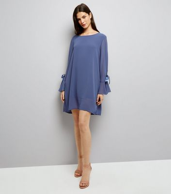 Mela Black Tie Sleeve Dress