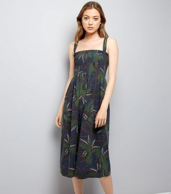 Green Tropical Print Shirred Midi Dress