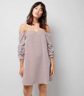 Red Stripe Gathered Sleeve Dress