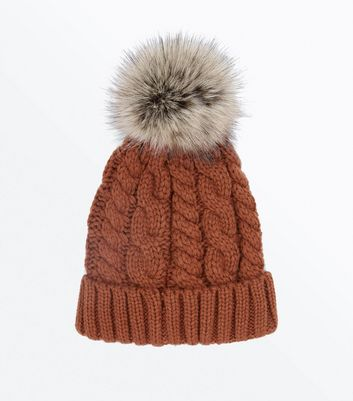 Chestnut Faux Fur Bobble Beanie