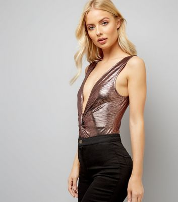 Rose Gold Ribbed Twist Front Bodysuit