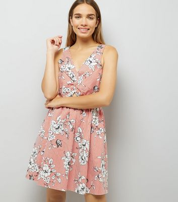 Red Floral Print Twist Front Dress